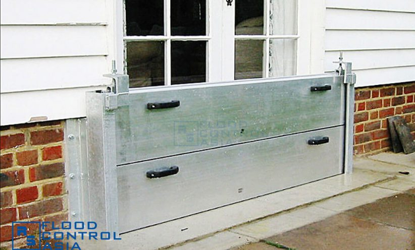 The flood panels are capable of protecting glass-paneled doors, which can break when pressed by a strong force of floodwater.