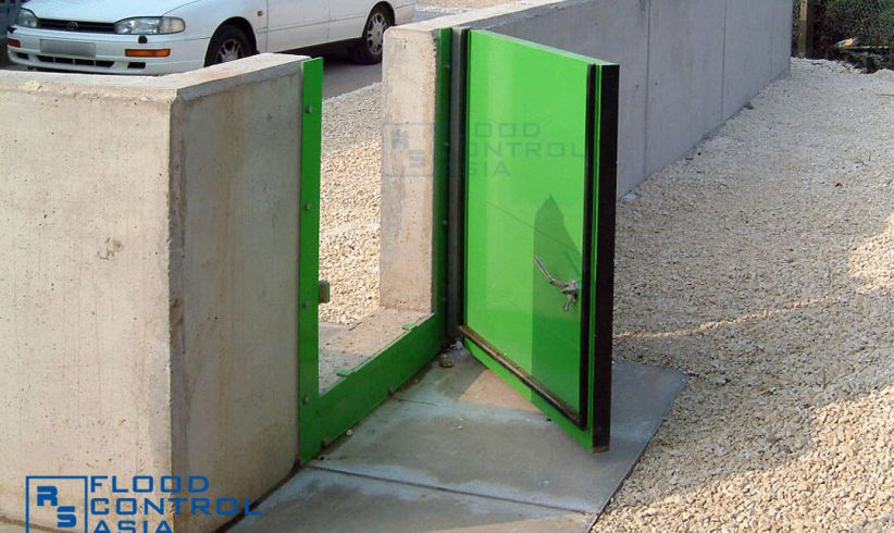 The swing-hinged type is an ideal floodgate for homes with existing concrete walls but is lacking of a flood protection system.