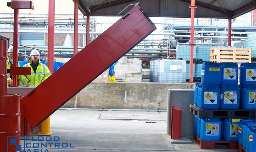 Pivot-Hinged Barriers can be operated manually or electronically through sensors.