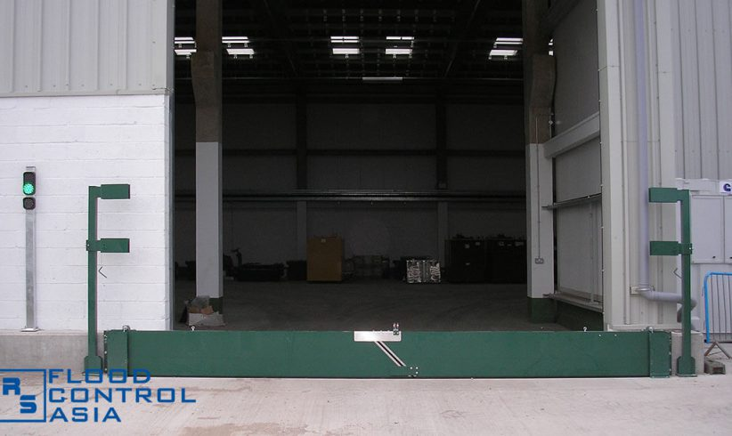 Pivot-Hinged Barriers are best for warehouses and factories with large entrances.