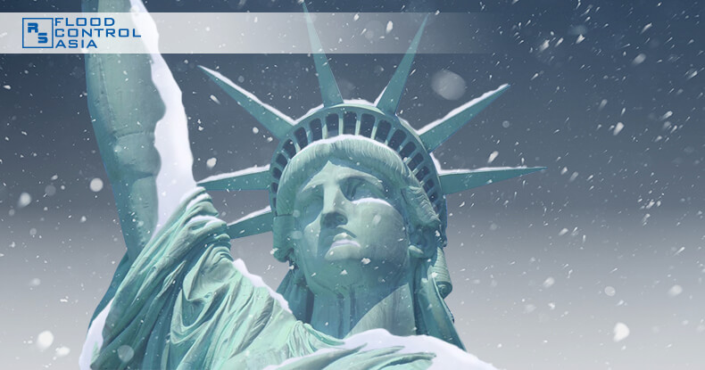 snow-covered_Statue_of_Liberty
