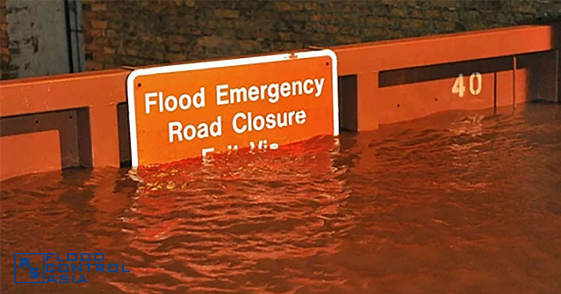 KL-flood-gates-water2