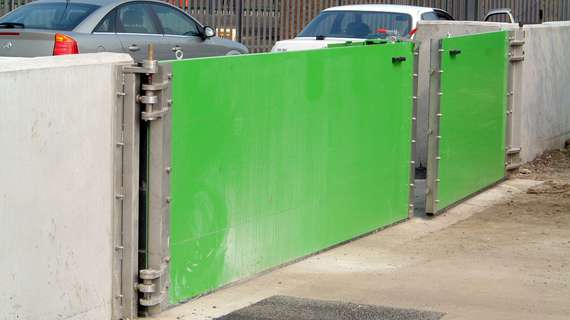 rs lift-hinged flood gates
